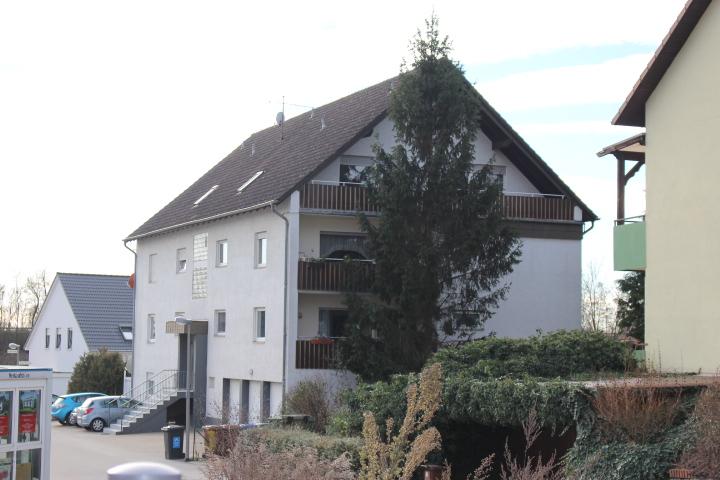Verkauft – 3 ZKB-Eigentumswohnung in 7 Familienhaus in Lützelsachsen